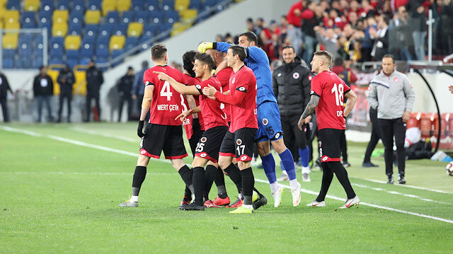 İki takım bu hafta Süper Lig'e çıkabilir