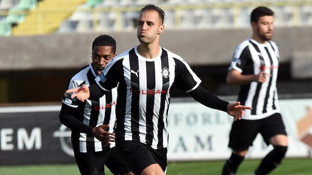 34 yaşındaki Marco Paixao gol krallığı yarışında açık ara zirvede yer alıyor.