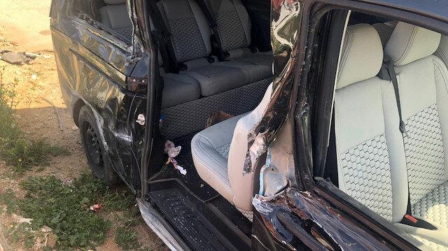Aracın sağ tarafının ağır hasarlı olduğu görüldü.