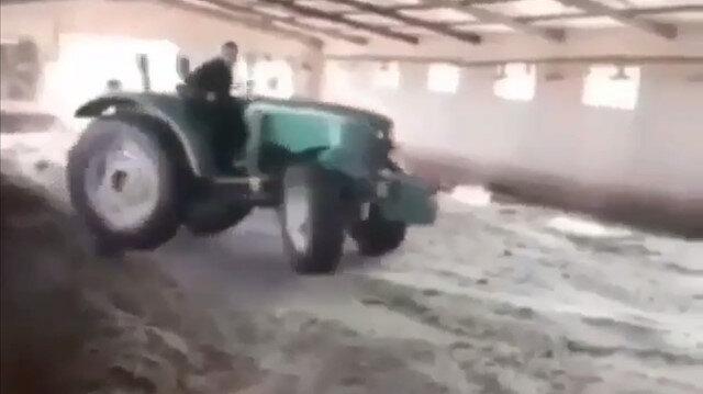 Traktörü ile herkesi kıskandırdı