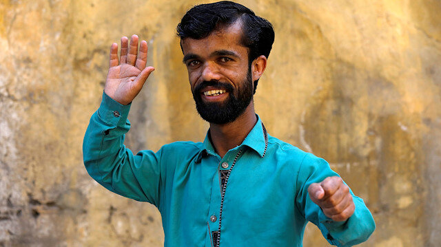 """Rozi Khan, 26, a waiter and a lookalike of Hollywood's actor Peter Dinklage, who plays a character of Tyrion Lannister in the tv series """"Game of Thrones"""", poses for a photograph in Rawalpindi, Pakistan April 28, 2019. Picture taken April 28, 2019. REUTERS/"""