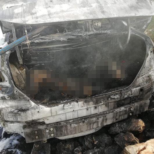 Hatay'da yanan otomobilin bagajından ceset çıktı