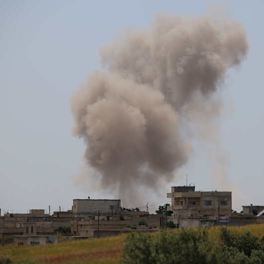 Esed rejimi İdlib'i vurdu: 7 ölü