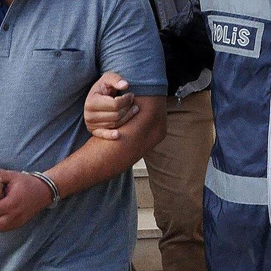 Sınıfta cinsel içerikli film izlediği öne sürülen öğretmen tutuklandı