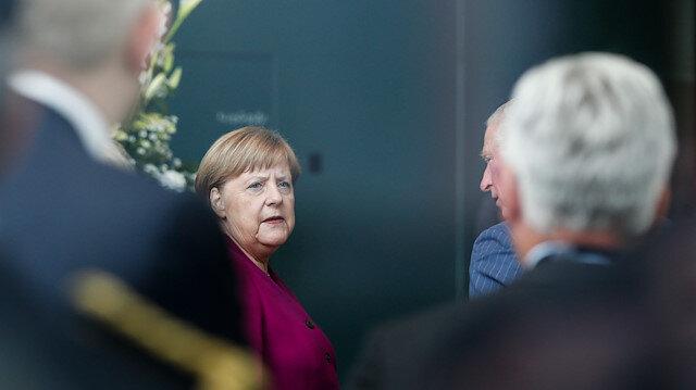 Merkel: Rum lider Kıbrıs'ı savunmamızı istedi