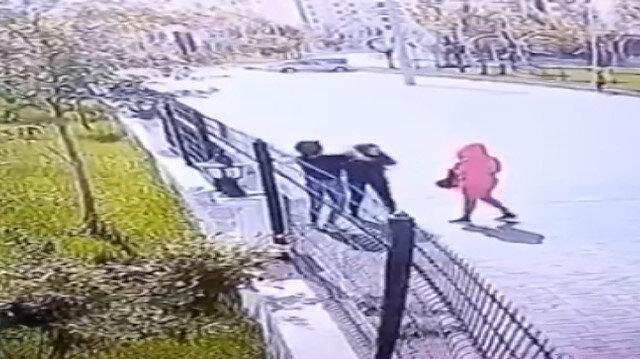 Kızların kavgası güvenlik kamerasında