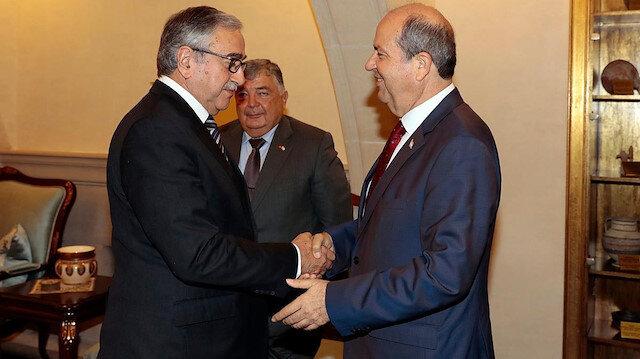 KKTC Cumhurbaşkanı Mustafa Akıncı ve UBP Genel Başkanlığı görevini sürdüren Ersin Tatar.