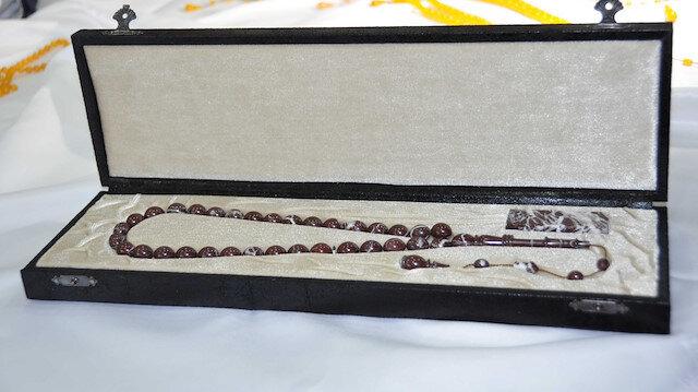 Vişne mermerinden yapılan tespih 10 bin dolara satıldı