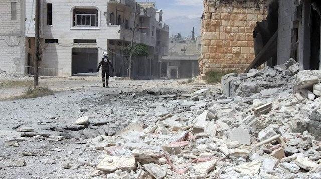 Rejim güçleri İdlib' saldırmaya devam ediyor