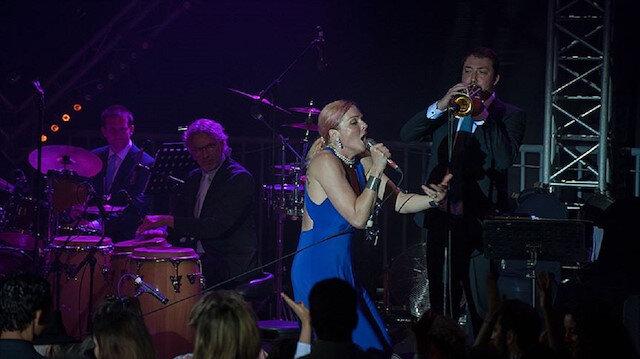 Pink Martini Ankara'da konser verecek