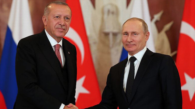 Erdoğan Putin'le İdlib'deki ateşkes ihlallerini görüştü