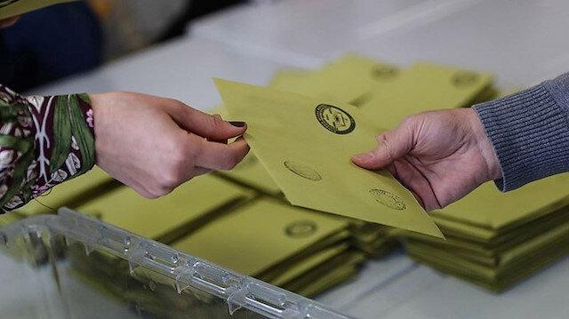 Oy kullanılan seçim zarfı.