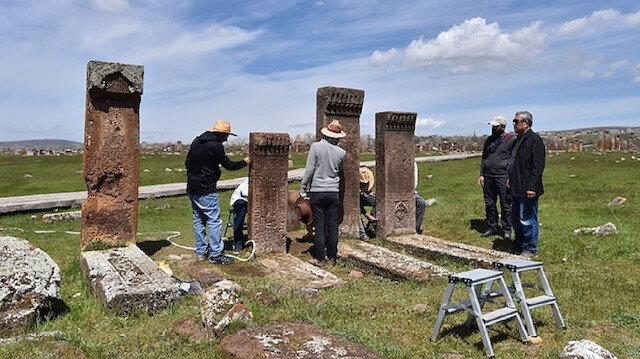 Selçuklu Meydan Mezarlığında kazı ve restorasyon çalışmaları başladı