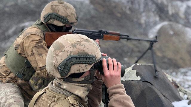 Güvenlik güçleri, operasyonlarını hız kesmeden devam ettiriyor.