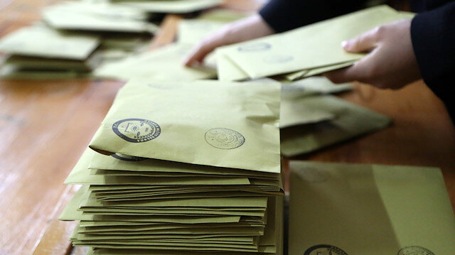 İstanbul Büyükşehir Belediye Başkanlığı seçimi için yeniden sandığa gidilecek.