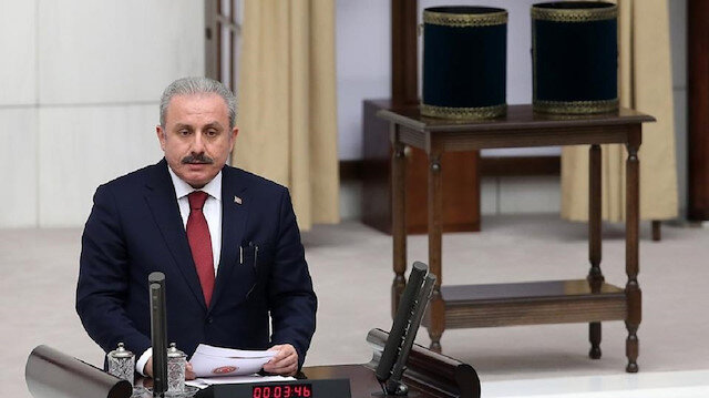بعد إضرام بمسجد في الولايات المتحدة.. مسؤول تركي يطالب واشنطن بهذا الأمر!