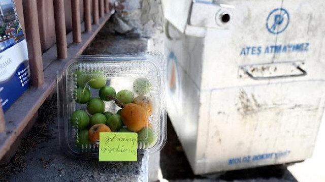 'Meyveleri yıkanmış yiyebilirsiniz' notuyla okul duvarına bıraktı