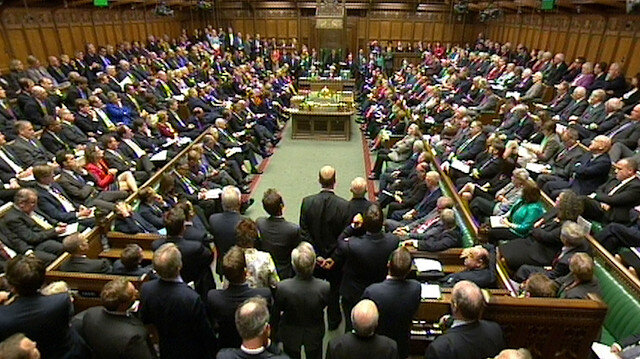 İngiltere Parlamentosu İslamofobiyi görüştü