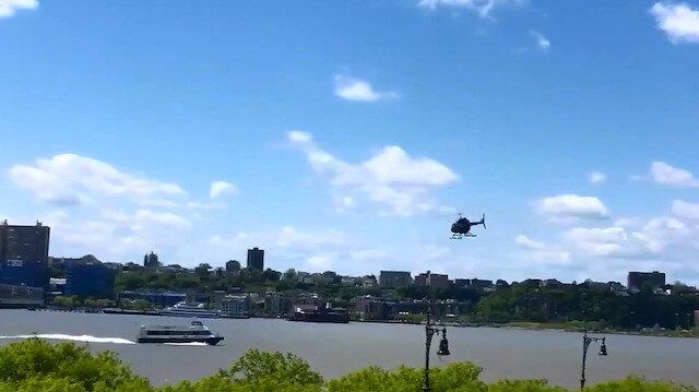 New York Polis Departmanı, helikopterin Manhattan'ın batı yakasındaki bir piste iniş yapmak isterken, nehre düştüğünü; kazanın nedeninin araştırıldığını duyurdu.