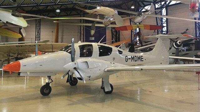 İki motorlu DA42 model uçağı
