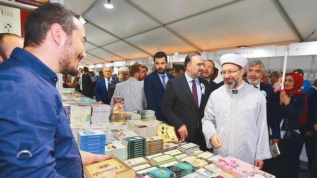 Ramazan kitapla buluştu