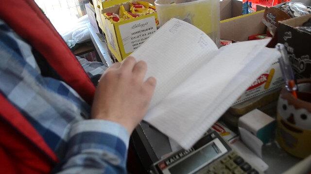 Veresiye defterini satın alan hayırsever borçluları sevindirdi