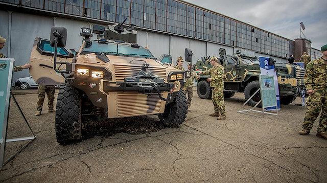 Türk zırhlıları Ejder Yalçın ve Yörük Macaristan'da görev yapacak.