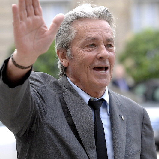Delon, set for Cannes honour, says he is 'irreproachable' as an actor