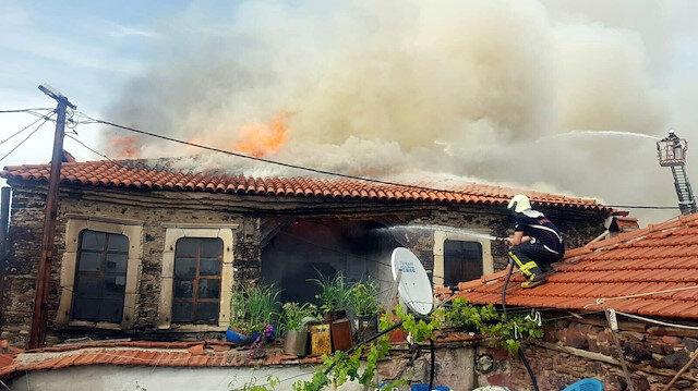 İki gün arayla çıkan yangın evi kullanılmaz hale getirdi