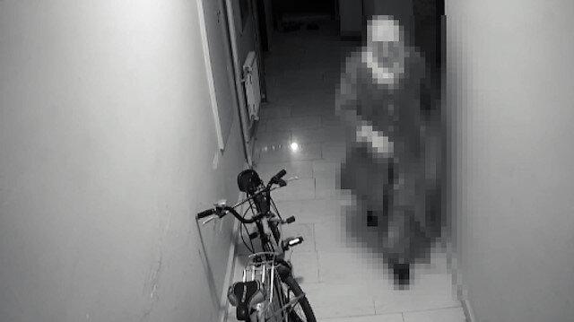Komşularına taciz ve saldırıda bulunan kadın kamerada