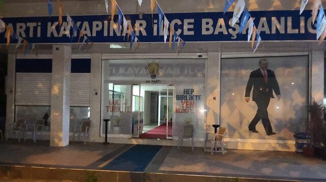 AK Parti binasına havai fişekli saldırı