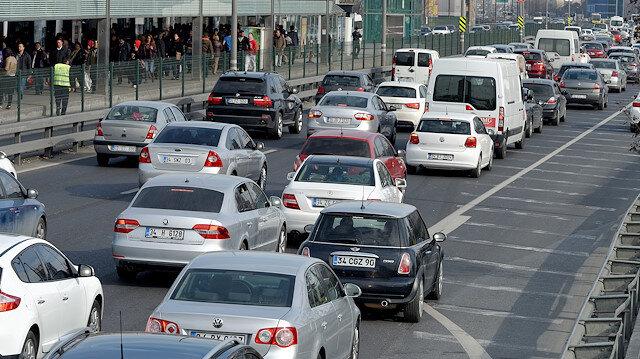 Sürücüler daha ucuz olan LPG'yi tercih ediyor.