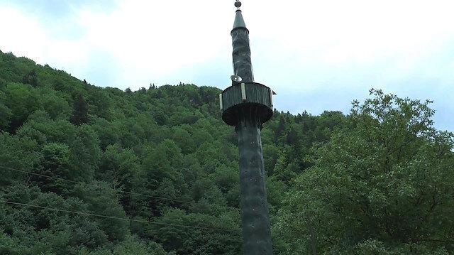 Para yetmeyince ağaçtan minare yaptılar