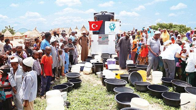 Türkiye'nin yardımlarıyla paylaşmayı öğreniyoruz