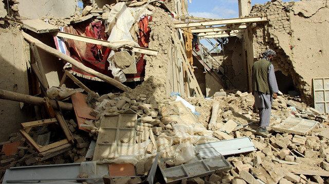 Afganistan'da hava saldırısında yanlışlıkla siviller vuruldu