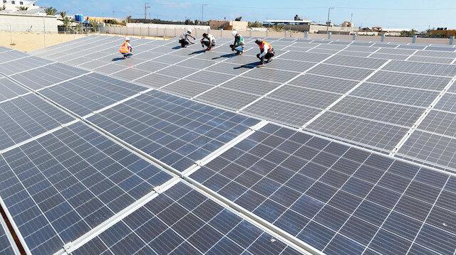 Filistin Yatırım Fonunun desteğiyle kurulan güneş enerjisi santrali.