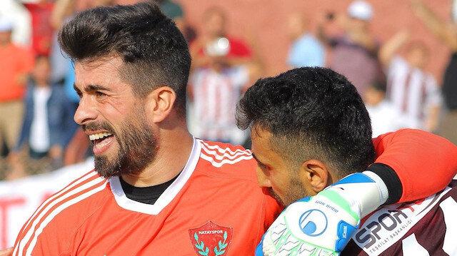 Hataysporlu futbolcular finali getiren golün ardından gözyaşlarını tutamadı.