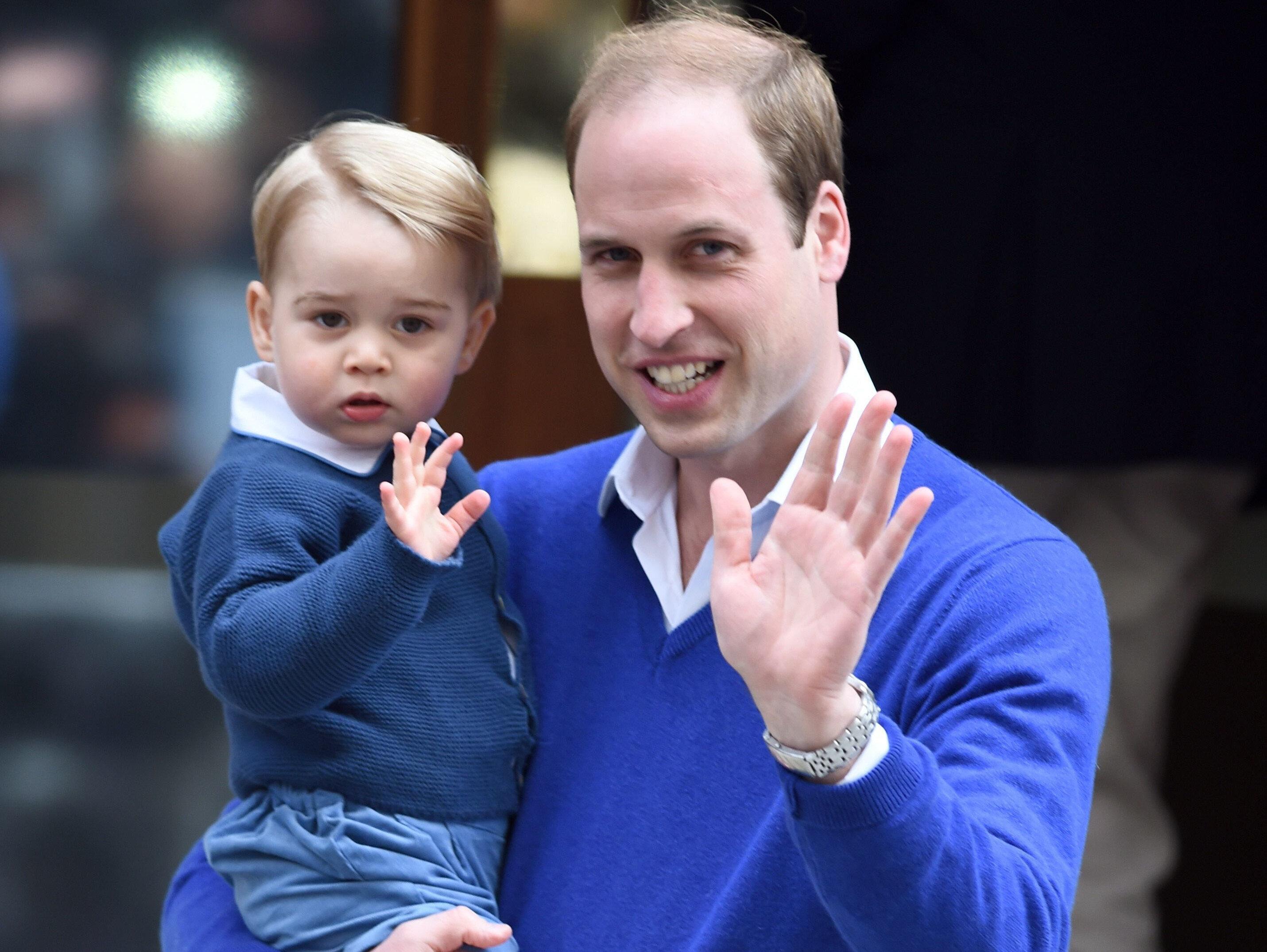Prens William ve oğlu Prens George.