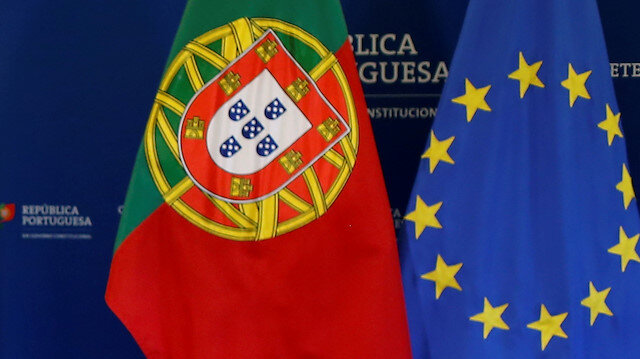 Portugal's Socialists Prepare Run For Majority Rule After
