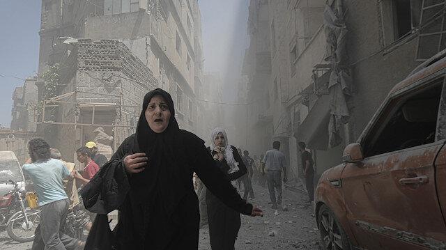 Airstrikes hit Syria's Idlib