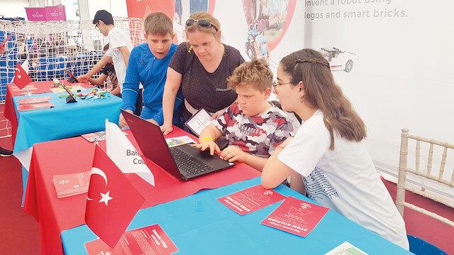 Türkiye'yi Bahçeşehir Koleji temsil etti