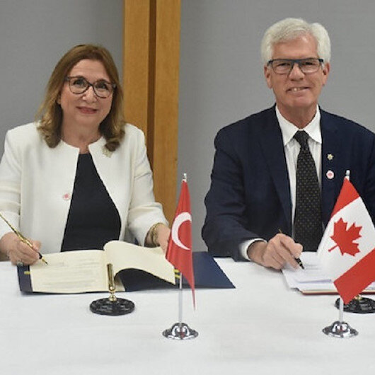 Turkey, Canada sign MoU on economic, trade cooperation