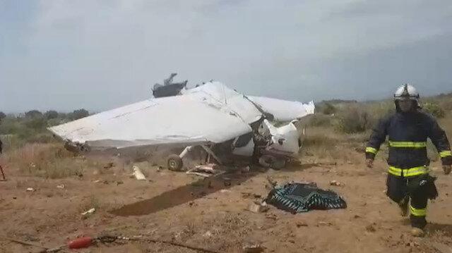 Antalyada eğitim uçağı düştü: 1 ölü, 2 yaralı