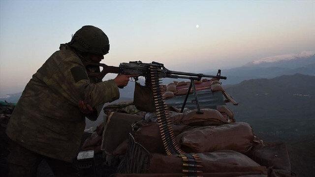 """القوات التركية تدمر 100 مخبأ لعناصر """"بي كا كا"""" الإرهابية"""