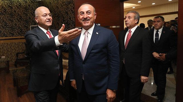 تشاووش أوغلو يلتقي الرئيس العراقي في إربيل