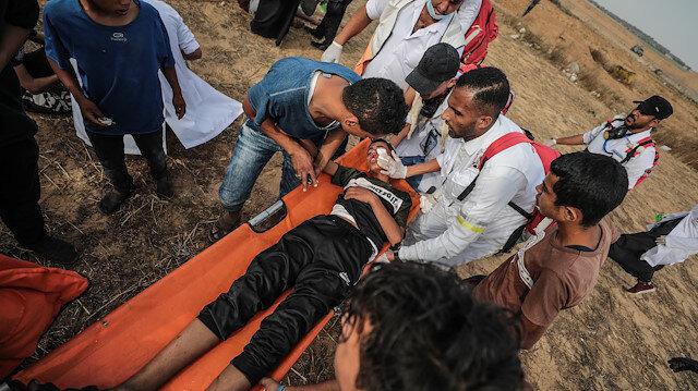 İsrail işgal güçlerinin yaraladığı Filistinli sağlık görevlisi şehit oldu