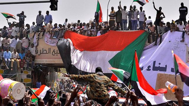 Sudan'da darbecilere karşı darbe
