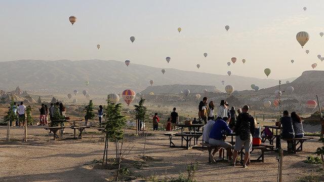 كبادوكيا التركية تجذب أكثر من 333 ألف سائح خلال مايو