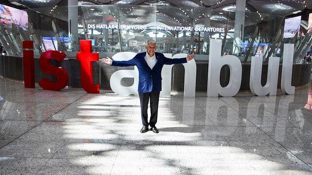 İsmail Türüt'ten İstanbul seçimlerine özel türkü
