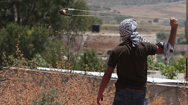 İsrail'in Batı Şeria'daki askeri hakimiyetini aktifleştirerek Batı Şeria'yı fiili bir şekilde ilhak etmek için hazırlık yaptığı vurgulanıyor.